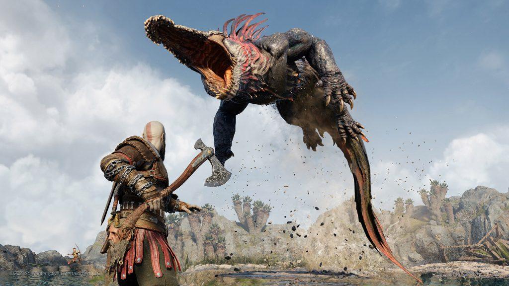 Affrontement entre Krato, Atreus et un lézard géant tiré de God of War Ragnarök